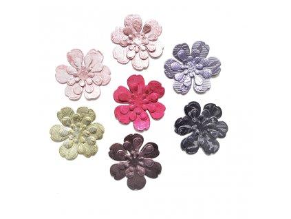 dekorace kvetina malá