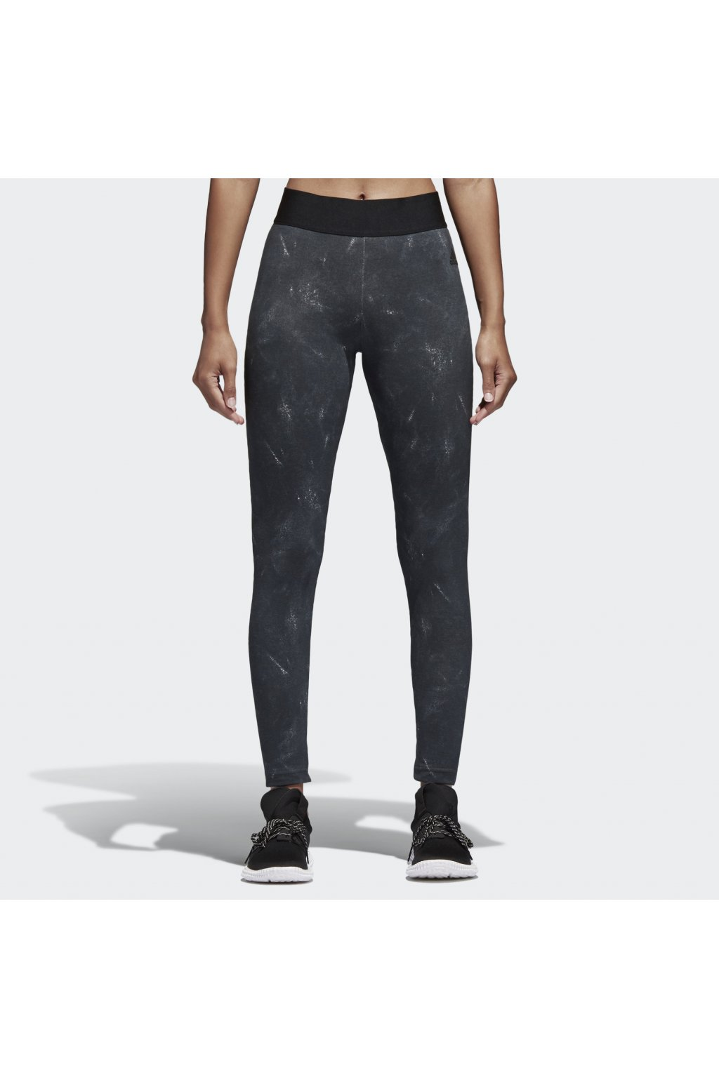 damske leginy adidas aop tight cv3757 (1)