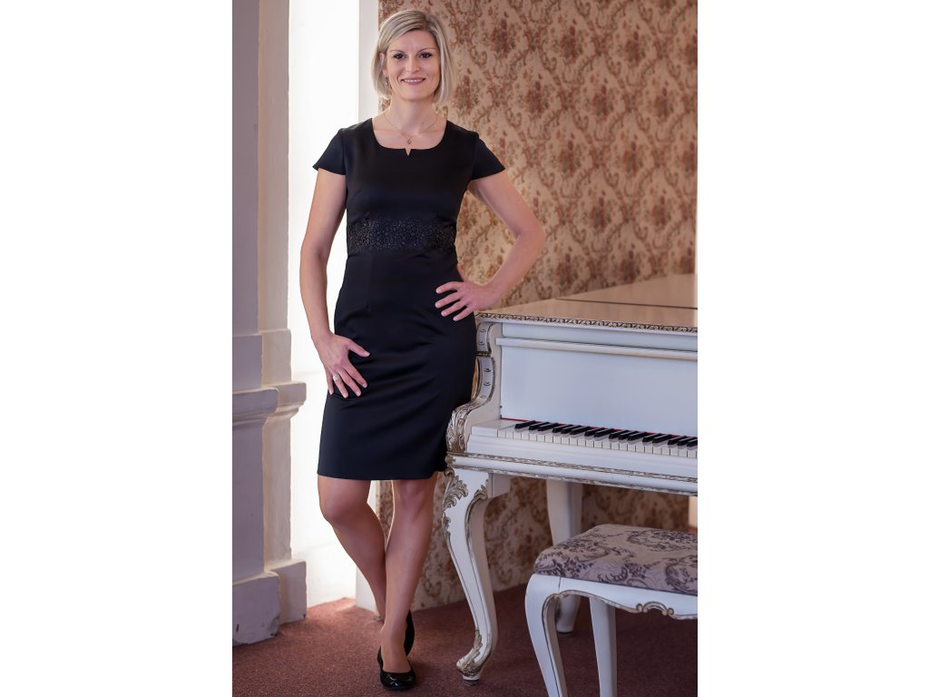 Šaty ANIKA - pouzdrové šaty - černé s krajkou