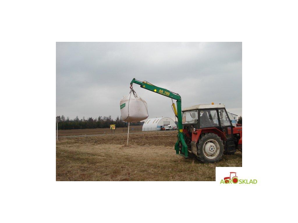 Agro rameno AR 700 - čtyři rychlospojky
