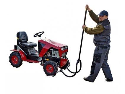 Kolébkový zvedák na travní traktory