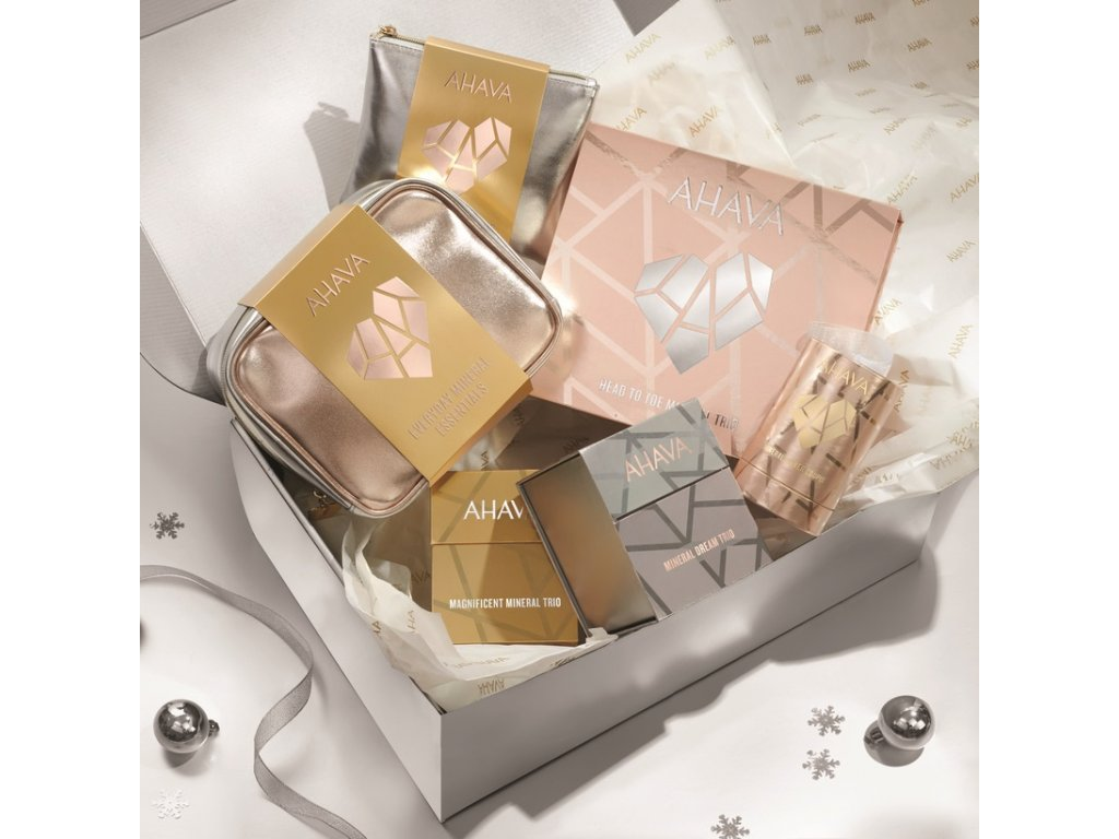 Holiday Collection 2020 Lifestyle Box+Elements CMYK ctverec