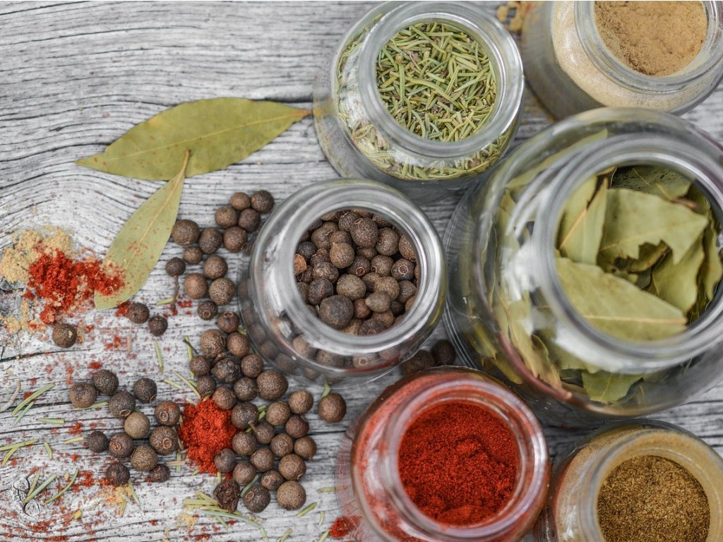 spices 2548653 1280 (2)