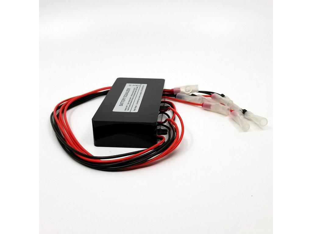 Balancér baterií pro vozidlo Láďa a Bohouš