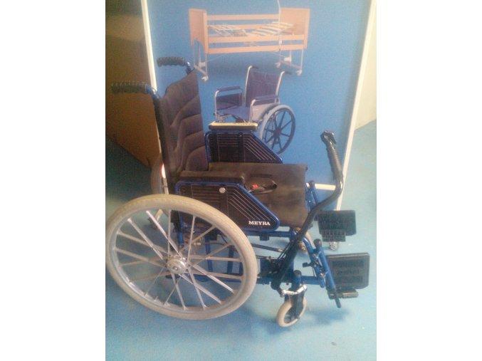 Pákový invalidní vozík mechanický pro hemiparetiky