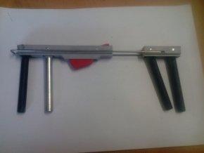 Vidlička do postranic lůžek zn. LINET