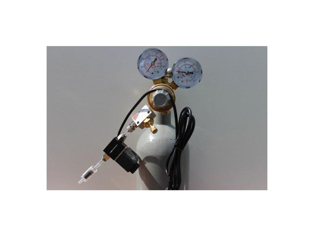 Kompletní CO2 set s 2,1 l lahví s nočním vypínáním