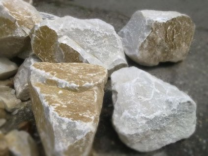 vapenec lamany kameny Opava
