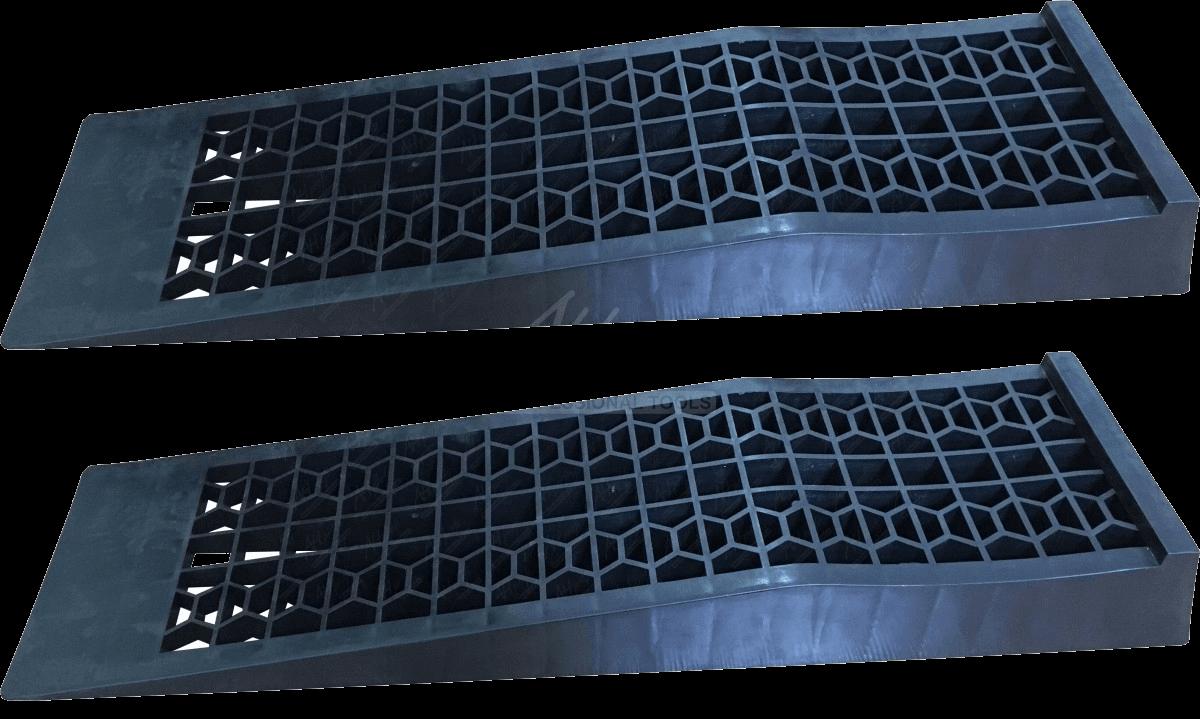 Plastové nájezdy a rampy