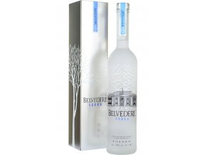 belvedere pure vodka 70cl in branded box