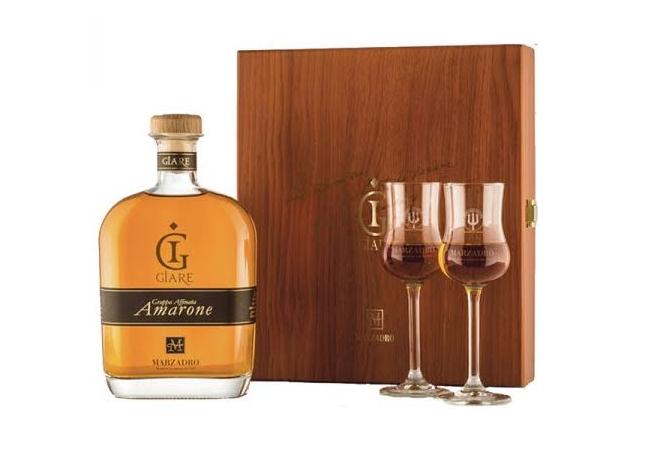 Grappa MARZADRO Le Giare Amarone 0,7l dřevěný box + sklo