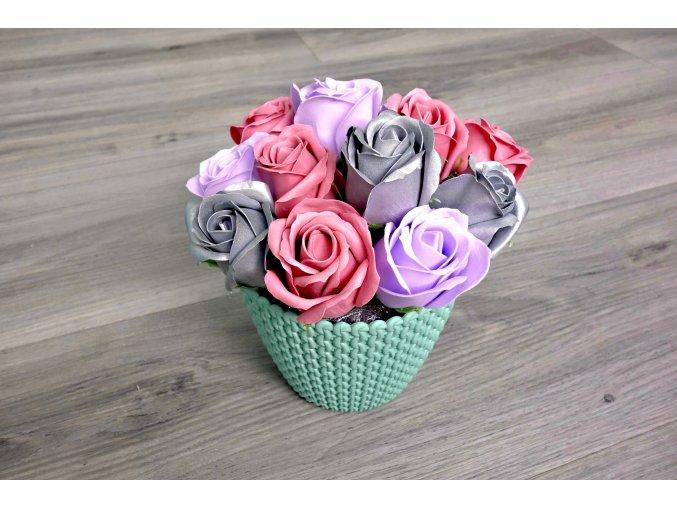 Aranžmá z mýdlových růží - tmavě růžová +stříbrná + světle fialová