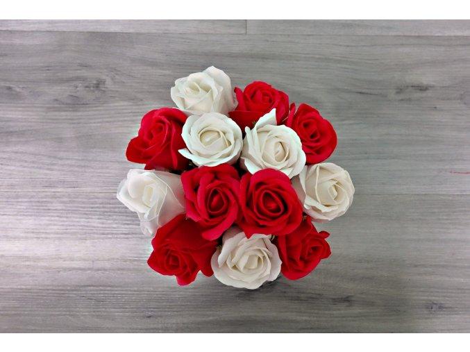 Aranžmá z mýdlových růží - červená