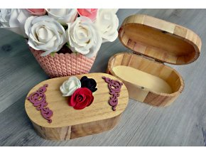 Dřevěná šperkovnice - oválná
