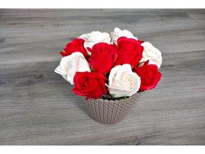 Aranžmá z mýdlových růží - červená + bílá