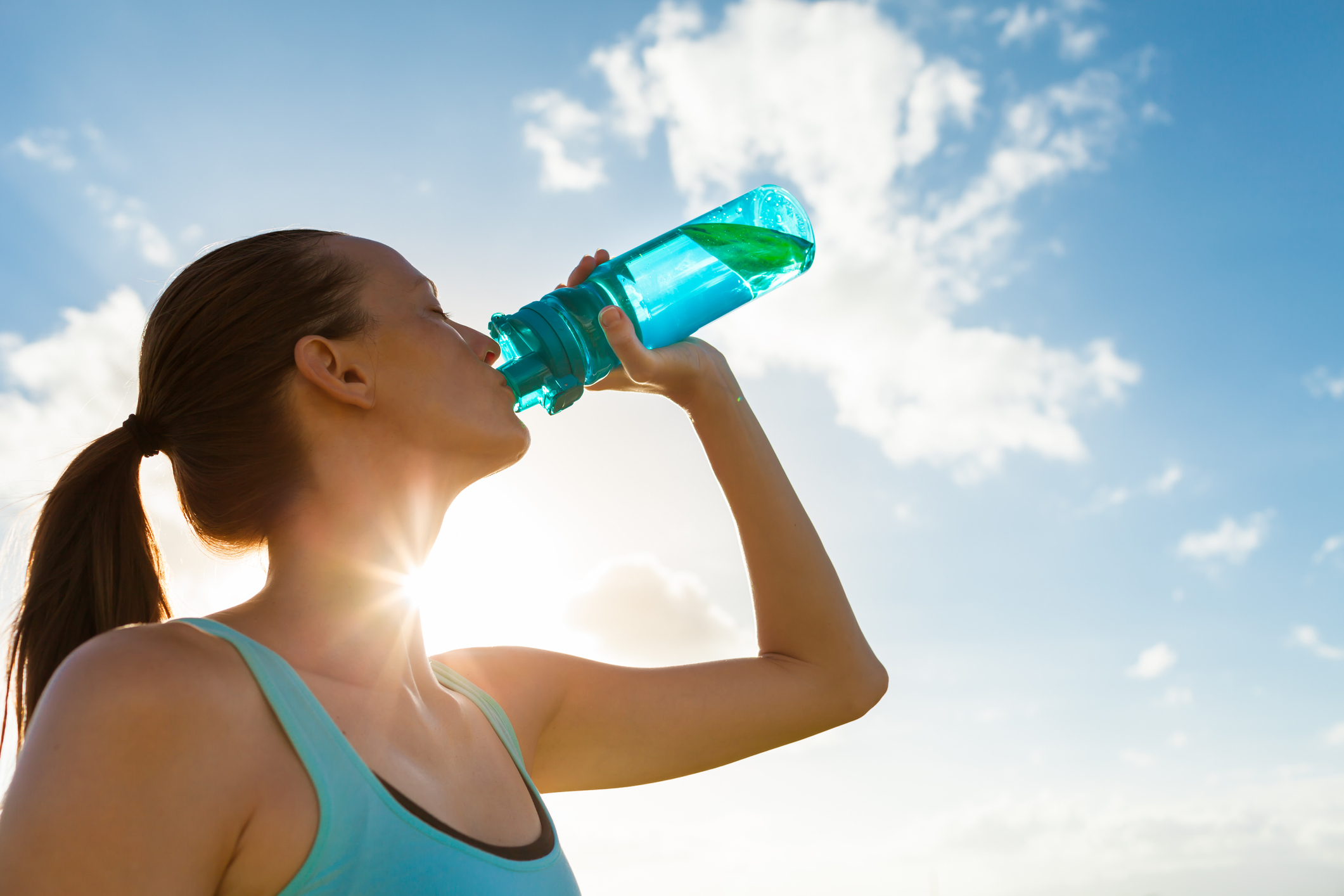 Sports-Drink-or-Water