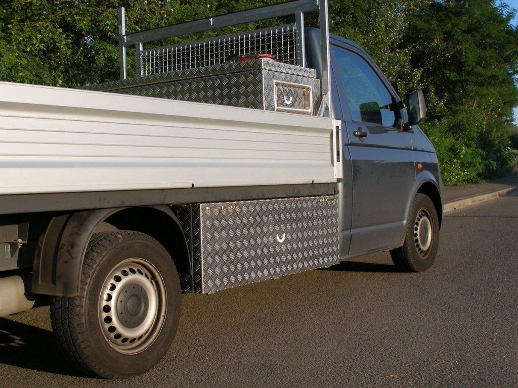 VW T5 Staubox Eka lang rechts
