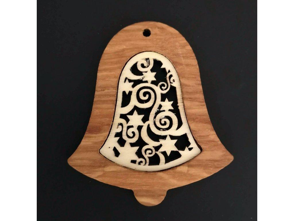 Dřevěná ozdoba z masivu s vkladem - zvonek s ornamentem 8 cm