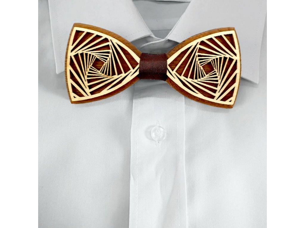 Dřevěný motýlek k obleku - spirála 11 cm