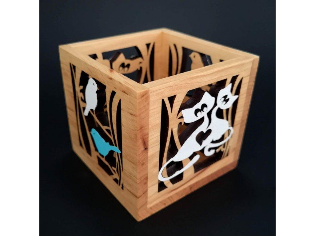 Dřevěný svícen krychle s motivem ptáčků a koček, barevný, masivní dřevo, 10x10x10 cm