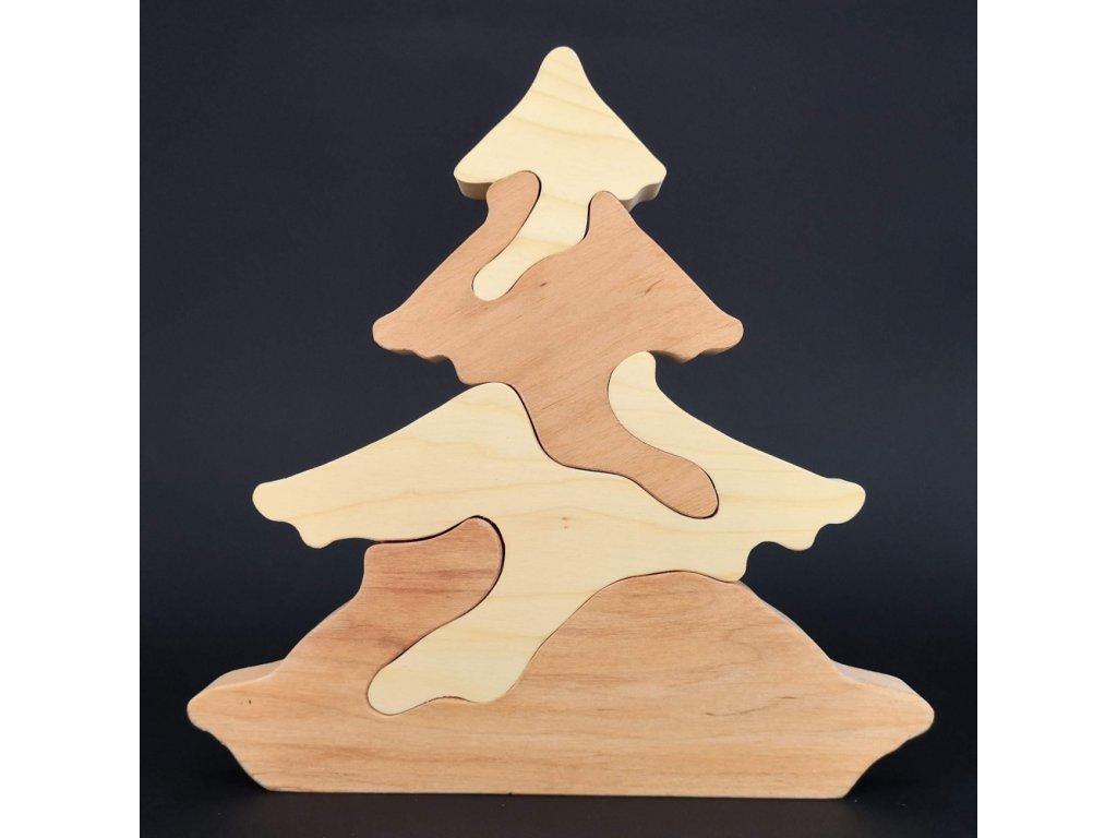 Dřevěné puzzle strom
