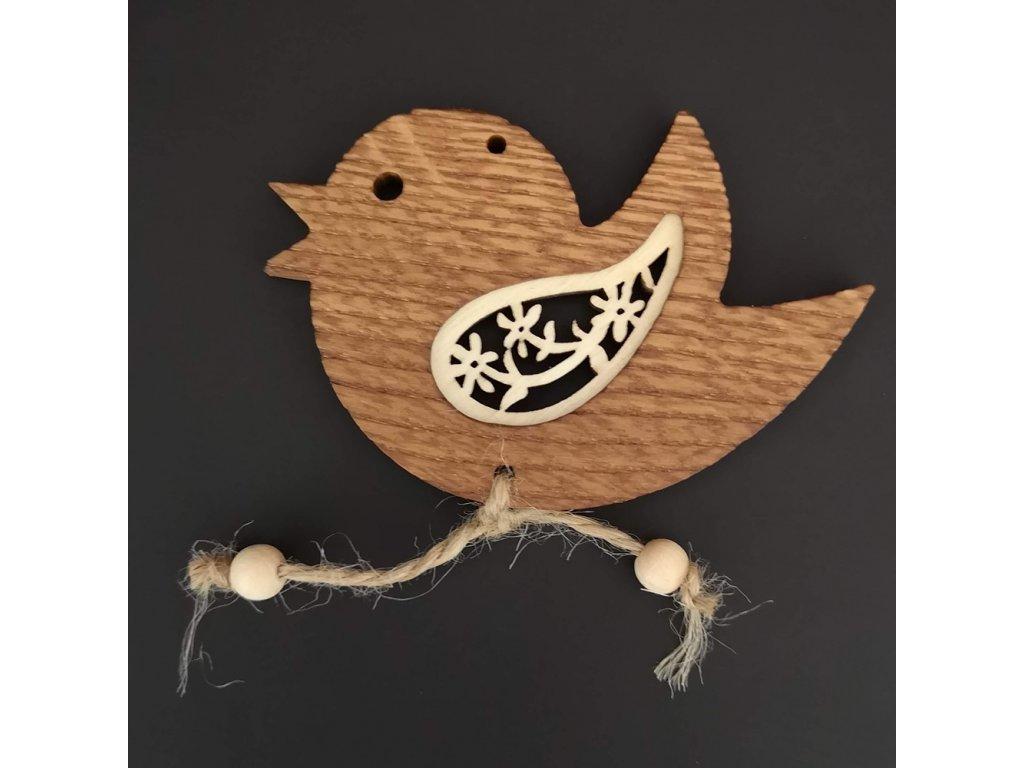 Dřevěná ozdoba z masivu s vkladem - ptáček s květy 9 cm
