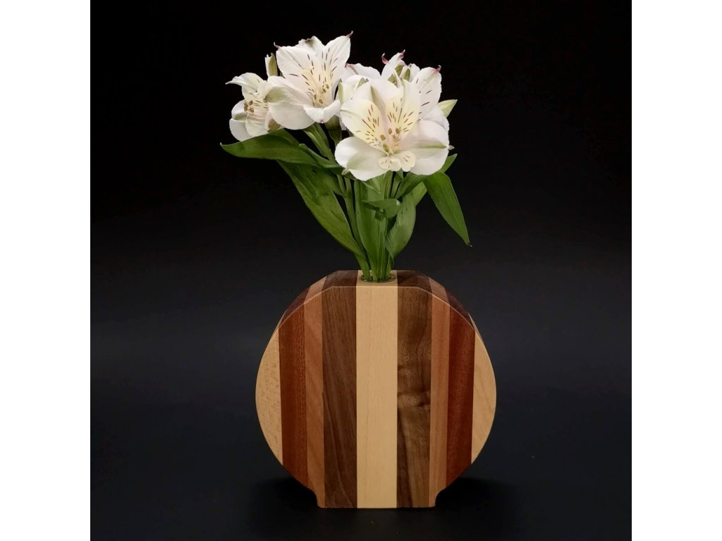 Dřevěná váza kulatá se svislými pruhy, masivní dřevo čtyř druhů dřevin, výška 15 cm
