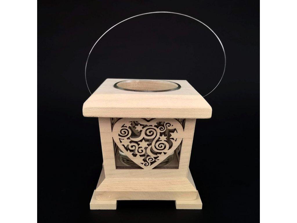 Dřevěná lucerna s motivem srdce, masivní dřevo, 9x9x9 cm