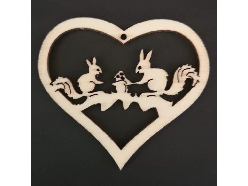 Dřevěná ozdoba srdce s veverkami 6 cm