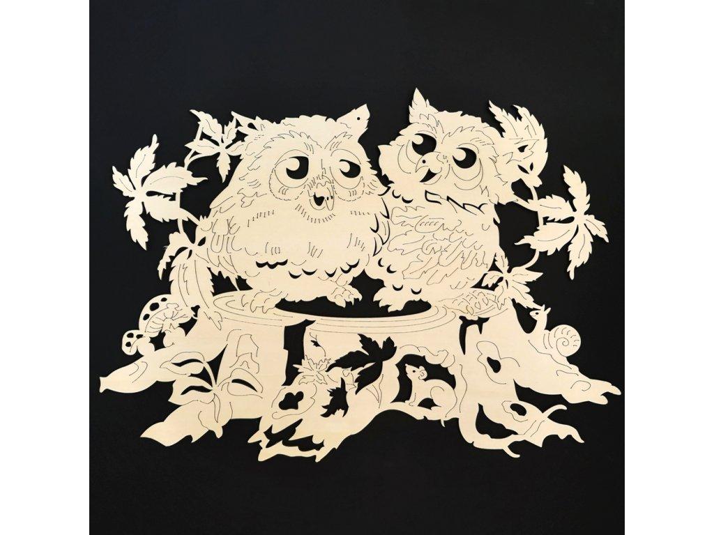 Dřevěná dekorace sovy na pařezu 60 cm