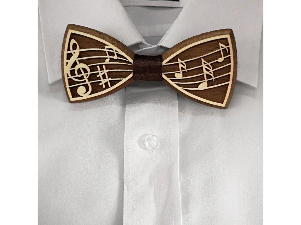Dřevěný motýlek k obleku - noty 11 cm