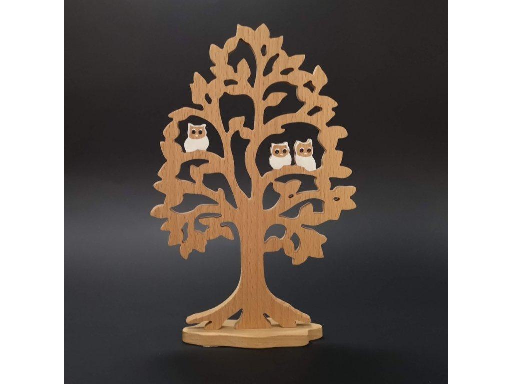 Dřevěný strom z masivního dřeva
