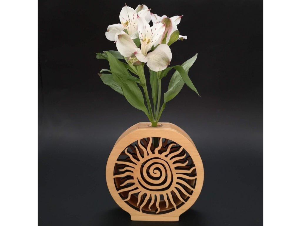 Dřevěná váza kulatá s motivem slunce, masivní dřevo, výška 15 cm