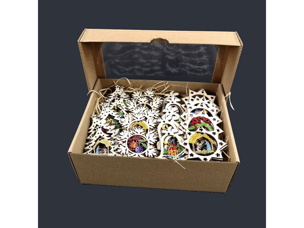 Dřevěné ozdoby - sada 40 ks dřevěných barevných ozdob velikost 6 cm