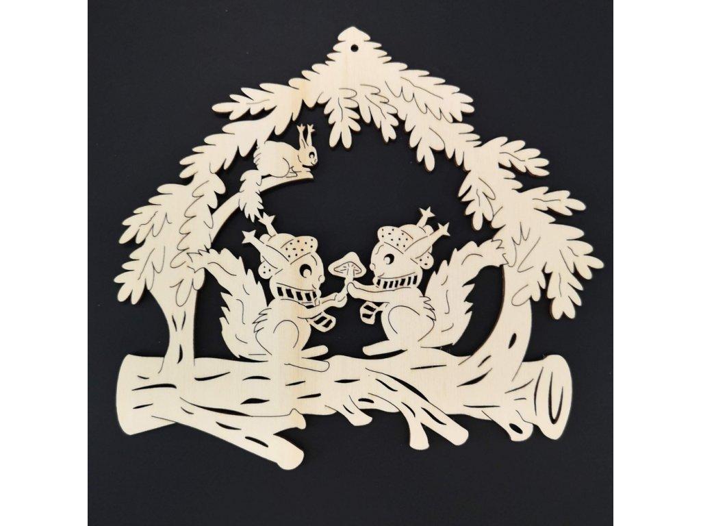Dřevěná dekorace závěsná veverky k vymalování