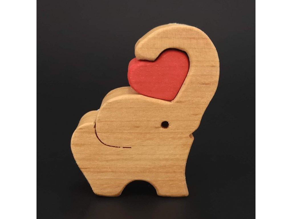 Dřevěný slon se srdcem, masivní dřevo, 6x5x2 cm