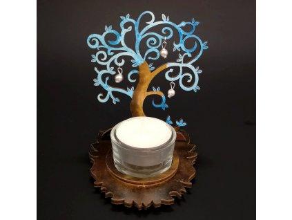 Dřevěný svícen strom modrý s bílými ozdobami, výška 10 cm