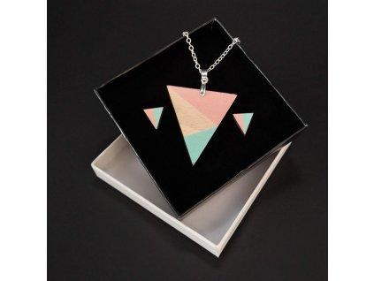 Sada dřevěný náhrdelník s náušnicemi trojúhelník růžový, 4,5x4 cm