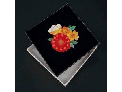 Dřevěná brož barevné květy, 5 cm