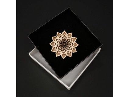 Dřevěná brož mandala, 4,5 cm