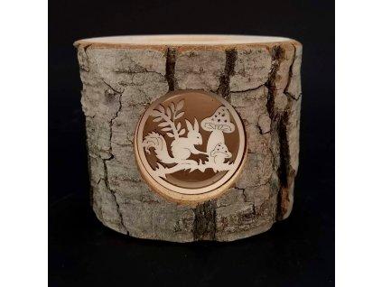 Svícen z kůrového kmenu s vkladem - veverka, masivní dřevo, výška 12 cm