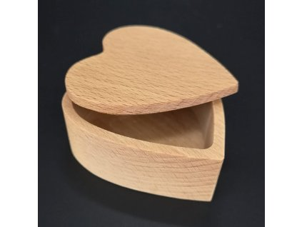 Dřevěná krabička ve tvaru srdce, masivní dřevo, 8x3 cm