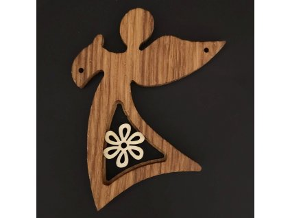 Dřevěná ozdoba z masivu s vkladem - anděl s květem 11 cm