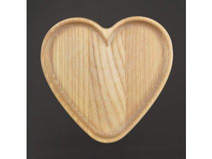 Dřevěný podnos ve tvaru srdce