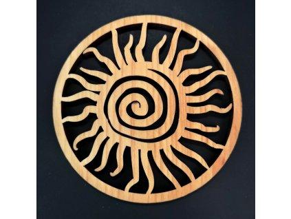 Dřevěný podtácek kulatý ve tvaru slunce, masivní dřevo, průměr 10 cm