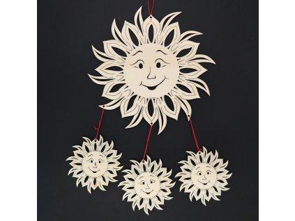 Dřevěná dekorace 3D sluníčka, k zavěšení, výška 70 cm