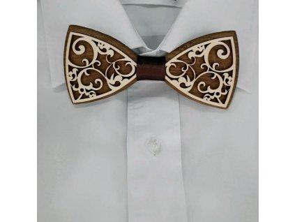 Dřevěný motýlek k obleku - ornament 11 cm