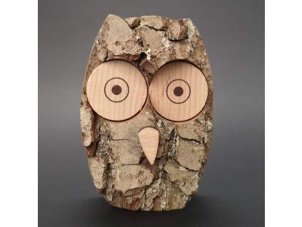 Dřevěná sova s kůrou, masivní dřevo, výška 10 cm