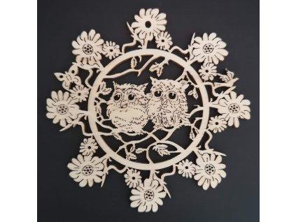 Dřevěná ozdoba květina se sovičkami 9 cm