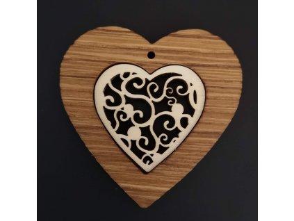 Dřevěná ozdoba z masivu s vkladem - srdce s ornamentem 7 cm